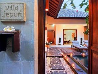 Villa Jepun at The Beach House Resort Gili Trawangan - Gili Trawangan vacation rentals