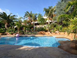 villa el Pinar, 14 pers, on golf, 10 m from beach - Mutxamel vacation rentals