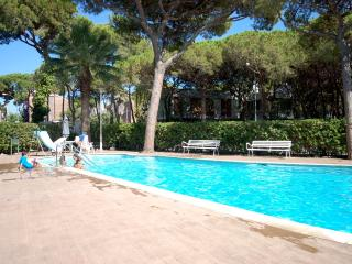 POOL BBQ APARTMENT in CASTELLDEFELS - Castelldefels vacation rentals