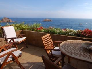EXCLUSIVE SEA VIEWS APARTMENT  in TOSSA DE MAR - Tossa de Mar vacation rentals