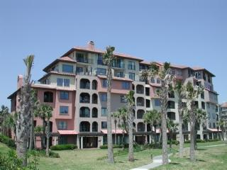 Exterior view of building (ocean side) - Amelia Island Plantation Sea Dunes 1629 - Amelia Island - rentals