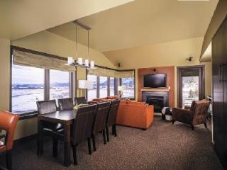 The Ultimate in Jackson Hole Lodging - Hotel Terra 3 Bedroom Suite - Jackson Hole Area vacation rentals