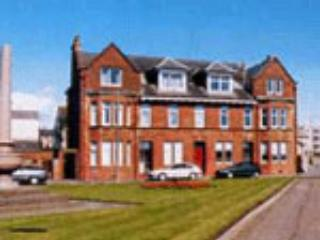 Apt top left - Beautiful quiet beach front apt awesome sea views - Troon - rentals