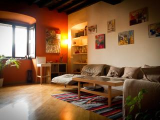 Casa Palatina...feels like home in Turin city centre - Turin vacation rentals