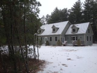 Ski Season is here! 3+ Bedroom 3 BA near Rt 16 - Tamworth vacation rentals