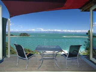 Harbour View Apartment 1: Awesome Tasman Bay view - Nelson vacation rentals