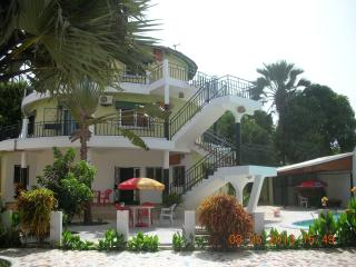 Romantic 1 bedroom Condo in Banjul - Banjul vacation rentals