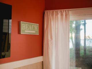 Whoop-ti-do dune and lake view cottage. - Mears vacation rentals