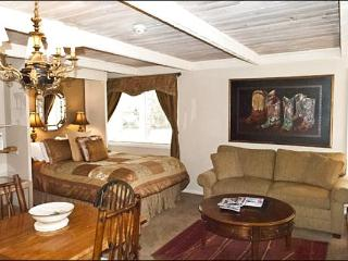Charming, Remodeled Studio - Close to the Village (1244) - Ketchum vacation rentals