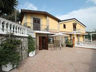Casa Pupa - Image 1 - Sant'Agnello - rentals