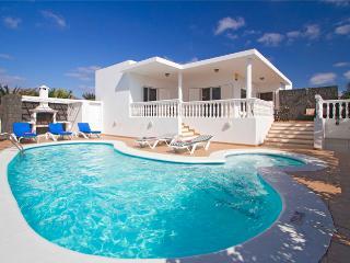 Tian Calero - Arafo vacation rentals