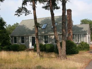 4 bedroom House with Deck in Wellfleet - Wellfleet vacation rentals