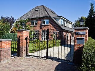 Blaricum Apartment - Utrecht vacation rentals