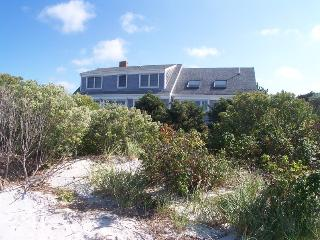029-O Large 5 Bedroom with AC on Skaket Beach - Orleans vacation rentals