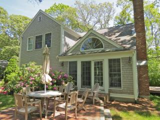 New & upscale w/ guest house, walk to Skaket:046-O - Orleans vacation rentals