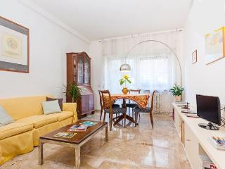 Spacious Bright Apartment Near Vatican Rome Centre - Rome vacation rentals