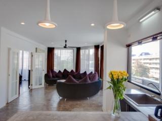 2BR HUGE Apt REAL Thai Neighborhood - Bangkok vacation rentals