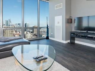 Penthouse LUXURY LOFT 27th FL Amazing A+ City View - Chicago vacation rentals