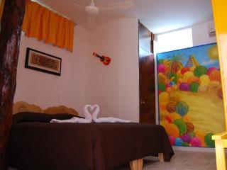 Sole Y Luna  PLaya del carmen  AMARILLA ROOM - Playa del Carmen vacation rentals