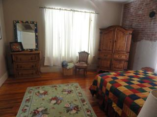 Square 1 Loft, Historic Downtown Bryan/College Sta - College Station vacation rentals