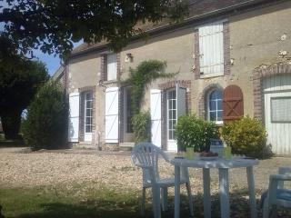 Quaint Country House in the Burgandy wine region - France vacation rentals