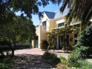 Jonquil Luxury Guest Cottage - Stellenbosch vacation rentals