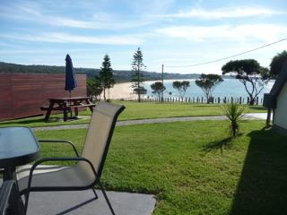 Beach Cabins Merimbula Beachfront 2 Bedroom Family - Merimbula vacation rentals