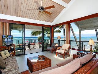 Unit 05 Ocean Front Prime Luxury 2 Bedroom Condo - Lahaina vacation rentals