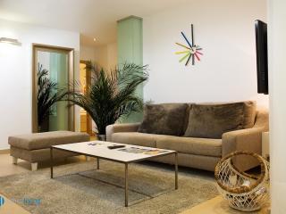 Fajardo6 - serviced apartment in Málaga center - El Palo vacation rentals