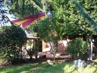 Friendly service, colorful house and eco-friendly - Subiaco vacation rentals
