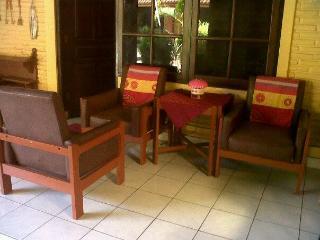 STUDIO with bathroom+bathtub in BALI - KUTA BEACH - Kuta vacation rentals