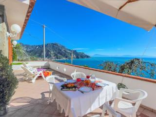 2 bedroom Apartment with Internet Access in Ravello - Ravello vacation rentals