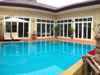 Rawai Private Villas 1 - pool and garden - Phuket vacation rentals