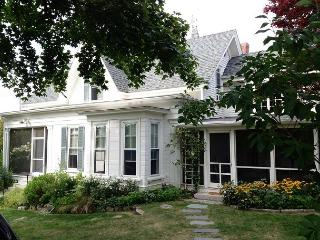 Pleasant House: Old-world charm w/ modern updates in the heart of the village - Rockport vacation rentals