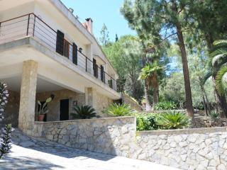 4 bedroom House with Internet Access in Mancor de la Vall - Mancor de la Vall vacation rentals