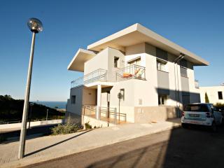 SCH100- 3 bed villa with breathtaking sea views - Nazare vacation rentals