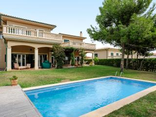 3 bedroom House with Internet Access in Sol de Mallorca - Sol de Mallorca vacation rentals