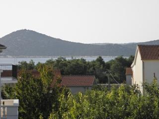 Apartments Fila - 28801-A1 - Northern Dalmatia vacation rentals