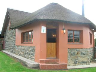 Experience farm life at it's best on this working farm! - KwaZulu-Natal vacation rentals