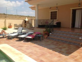 Modern Detached Villa in quiet real Spain location - Jumilla vacation rentals