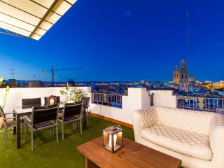 Central Market A - Valencia vacation rentals