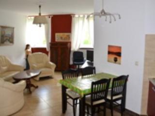 Vacation Apartment in Schwerin - 517 sqft, central, elegant, comfortable (# 4523) - Schwerin vacation rentals