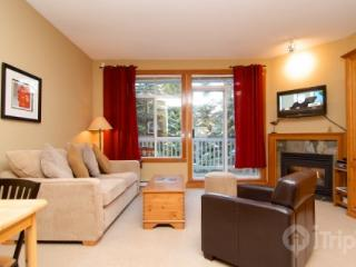 Granite Court charming studio Townhome only steps from the Village unit #308 - British Columbia Mountains vacation rentals
