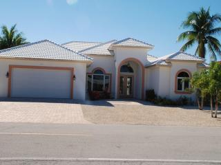 BEAUTIFUL NEW HOME IN KEY COLONY BEACH!! - Key Colony Beach vacation rentals