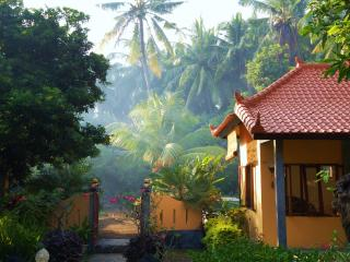 Villa Taman Ayu - an ocean side retreat with pool - Bondalem vacation rentals
