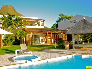 Tamarin Beach Apartments Mauritius' beach villa - Tamarin vacation rentals