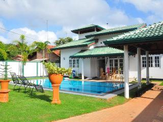 villa with swimpool - Sri Lanka vacation rentals