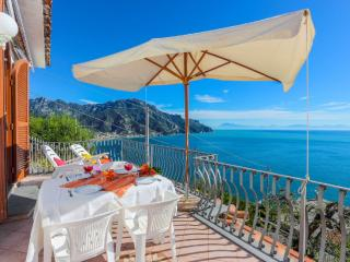 2 bedroom Condo with Internet Access in Ravello - Ravello vacation rentals