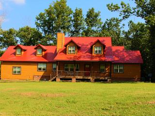 Large vacation home in the woods. - Arkansas vacation rentals