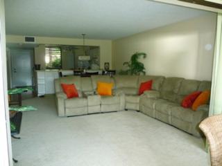 Lake View 1st Floor Condo near IMG & Ocean - Florida South Central Gulf Coast vacation rentals